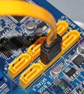 SATA konektor